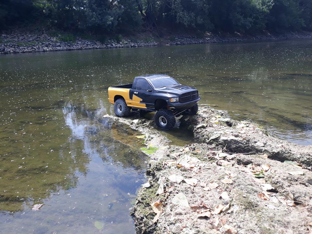 [TRACTION HOBBY CRAGSMAN] Jeep Wrangler  -  Dodge Ram 1500 (page 2) - Page 3 164