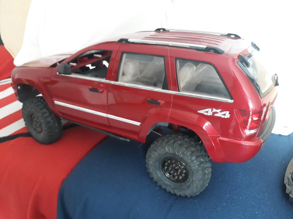 TRACTION HOBBY CRAGSMAN - Jeep Grand Cherokee 5.7L Limited 2006 05