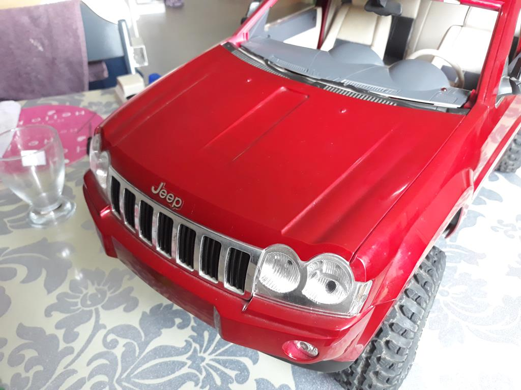 TRACTION HOBBY CRAGSMAN - Jeep Grand Cherokee 5.7L Limited 2006 34