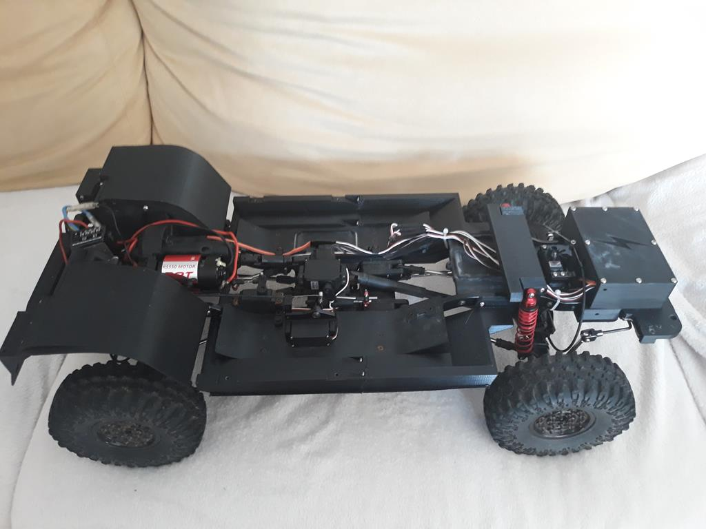 TRACTION HOBBY CRAGSMAN - Jeep Grand Cherokee 5.7L Limited 2006 85