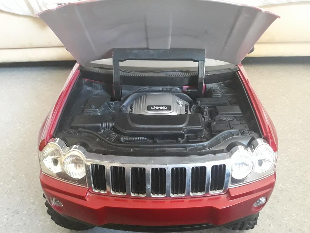 TRACTION HOBBY CRAGSMAN - Jeep Grand Cherokee 5.7L Limited 2006 95