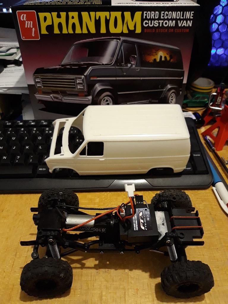 [micro ftx 1/24] Ford Econoline custom 1/25 01