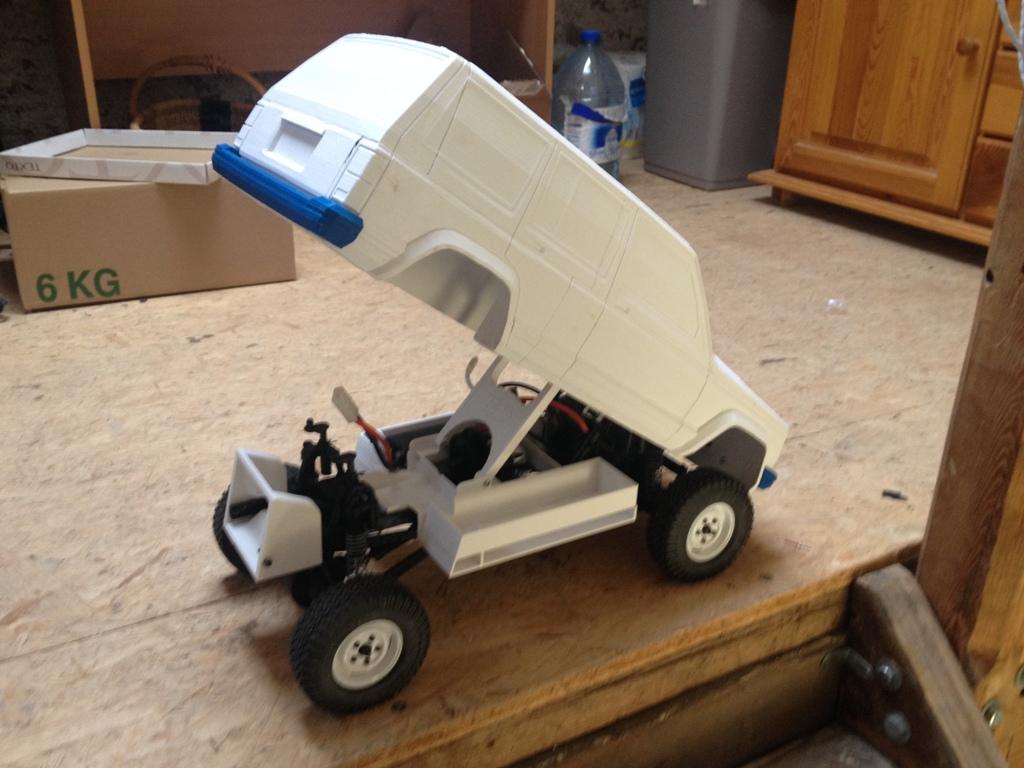 [Axial SCX10] Jeep Cherokee 1990 - ech:1/8 - Impression 3D Cherokee-16
