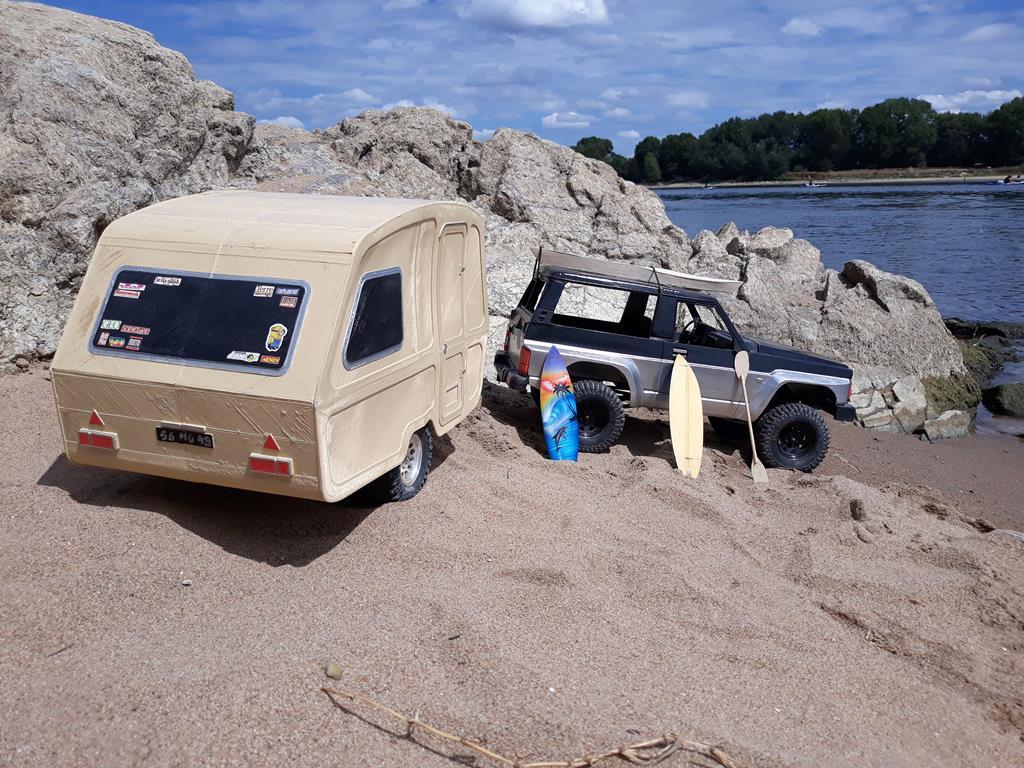 Axial SCX10 Nissan Patrol Y60 - ech:1/8 - Impression 3D Patrol-107