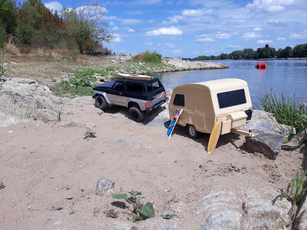 Axial SCX10 Nissan Patrol Y60 - ech:1/8 - Impression 3D Patrol-112