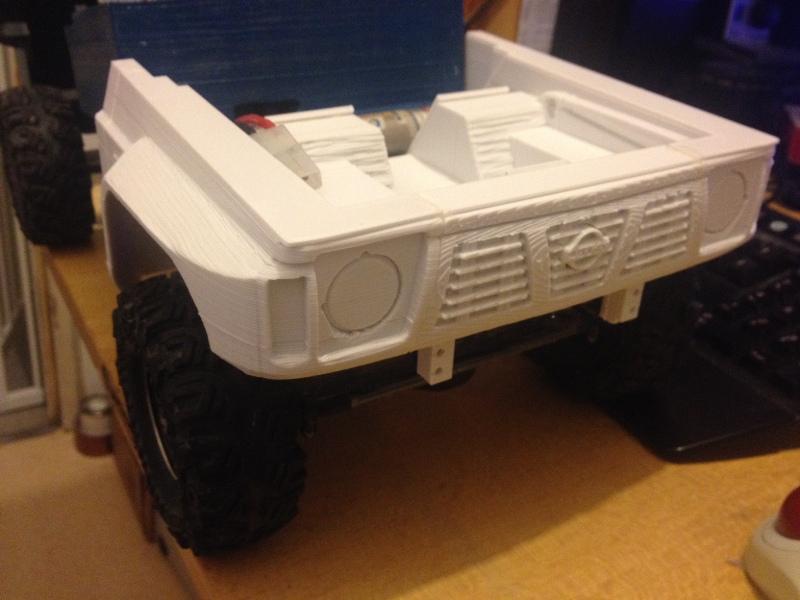 Axial SCX10 Nissan Patrol Y60 - ech:1/8 - Impression 3D Patrol-24