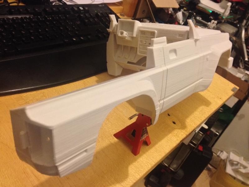 Axial SCX10 Nissan Patrol Y60 - ech:1/8 - Impression 3D Patrol-38