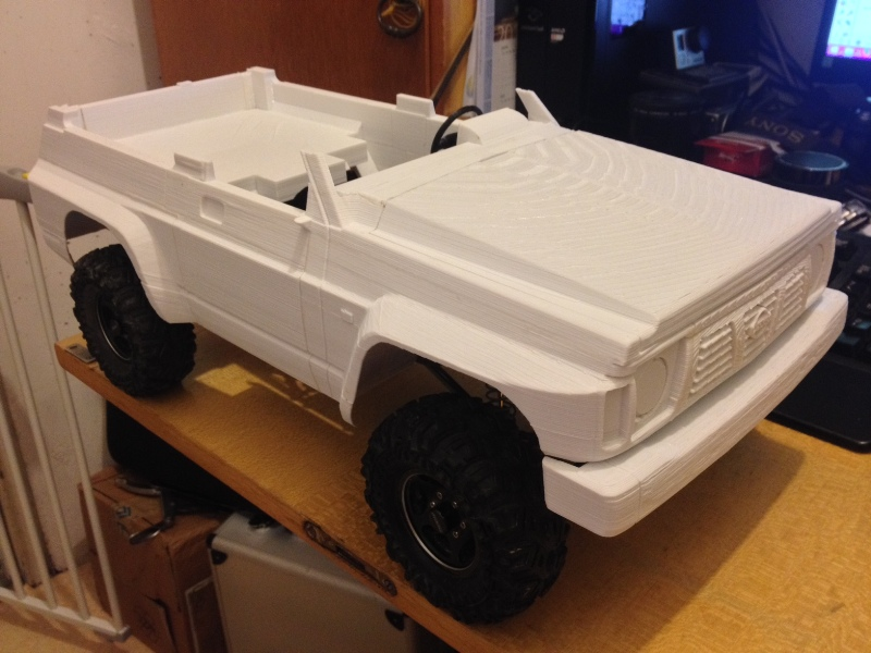 Axial SCX10 Nissan Patrol Y60 - ech:1/8 - Impression 3D Patrol-41