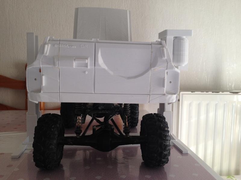 Axial SCX10 Nissan Patrol Y60 - ech:1/8 - Impression 3D Patrol-45