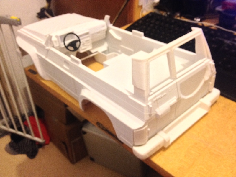 Axial SCX10 Nissan Patrol Y60 - ech:1/8 - Impression 3D Patrol-48