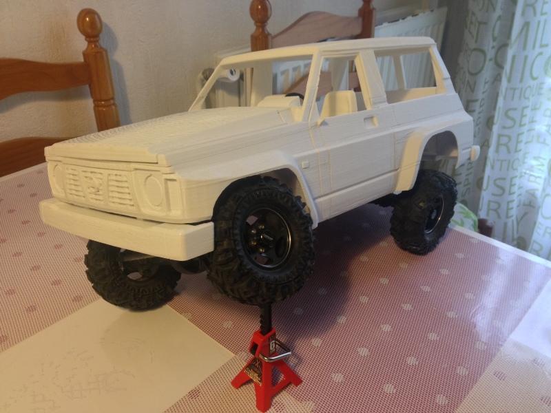 Axial SCX10 Nissan Patrol Y60 - ech:1/8 - Impression 3D Patrol-67