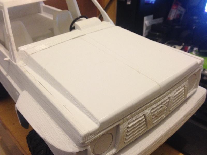 Axial SCX10 Nissan Patrol Y60 - ech:1/8 - Impression 3D Patrol-75