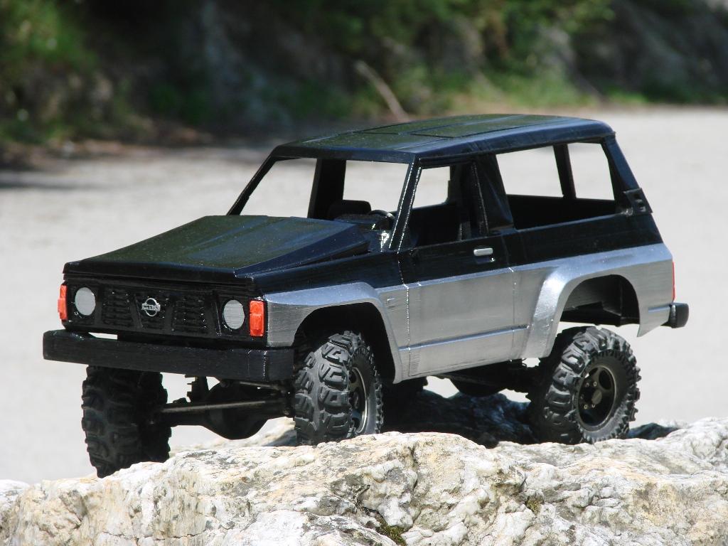 Axial SCX10 Nissan Patrol Y60 - ech:1/8 - Impression 3D Patrol-77