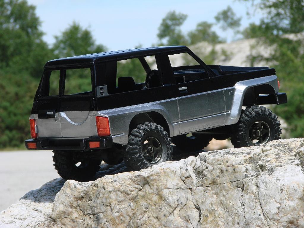 Axial SCX10 Nissan Patrol Y60 - ech:1/8 - Impression 3D Patrol-79
