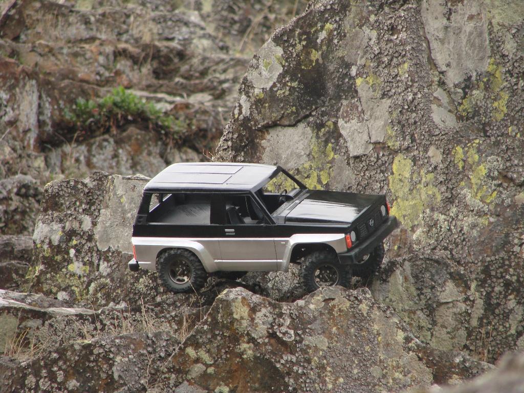 Axial SCX10 Nissan Patrol Y60 - ech:1/8 - Impression 3D Patrol-81