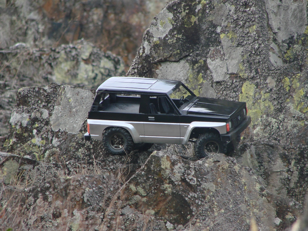 Axial SCX10 Nissan Patrol Y60 - ech:1/8 - Impression 3D Patrol-83
