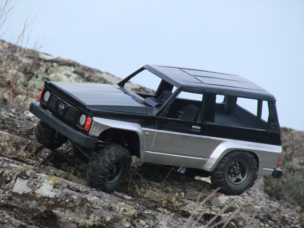 Axial SCX10 Nissan Patrol Y60 - ech:1/8 - Impression 3D Patrol-88