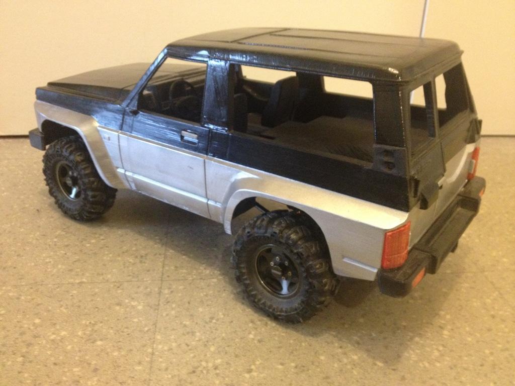 Axial SCX10 Nissan Patrol Y60 - ech:1/8 - Impression 3D Patrol-91