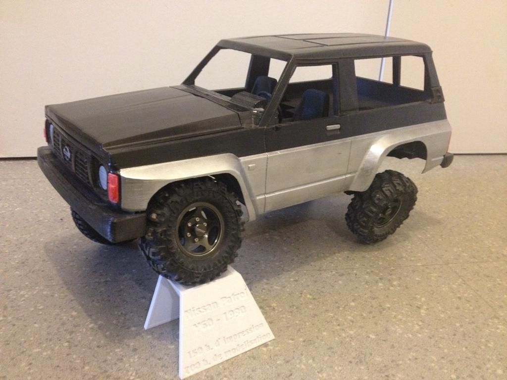 Axial SCX10 Nissan Patrol Y60 - ech:1/8 - Impression 3D Patrol-95