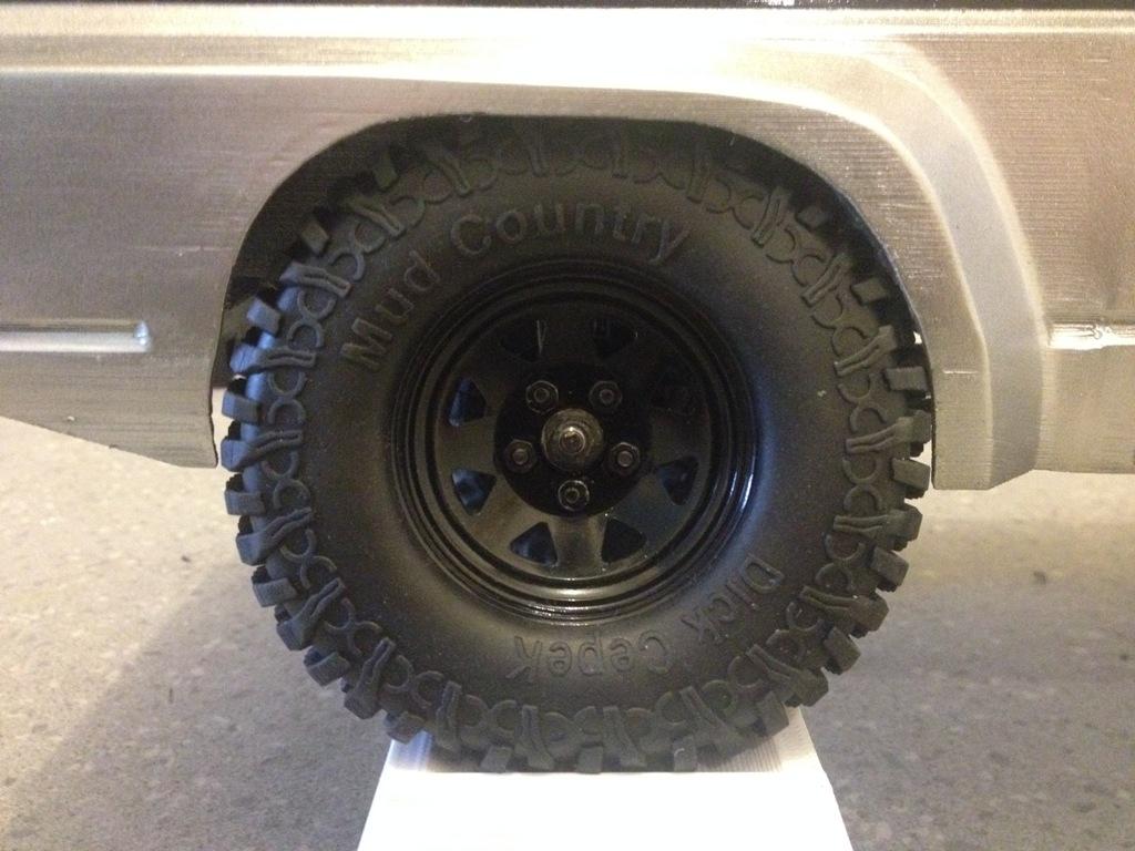 Axial SCX10 Nissan Patrol Y60 - ech:1/8 - Impression 3D Patrol-97