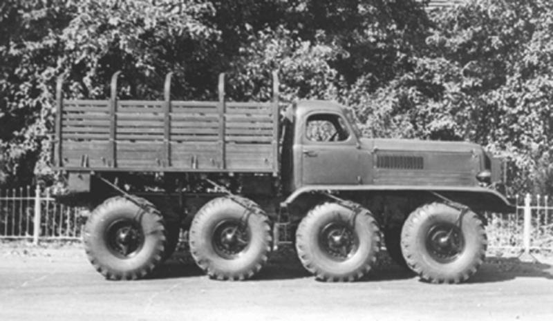 Venom Creeper - Axial SCX10 - ZIS E134 1955 - 8x8 ou 12x12 avec la remorque 003