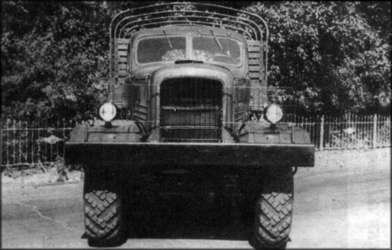 Venom Creeper - Axial SCX10 - ZIS E134 1955 - 8x8 ou 12x12 avec la remorque 004
