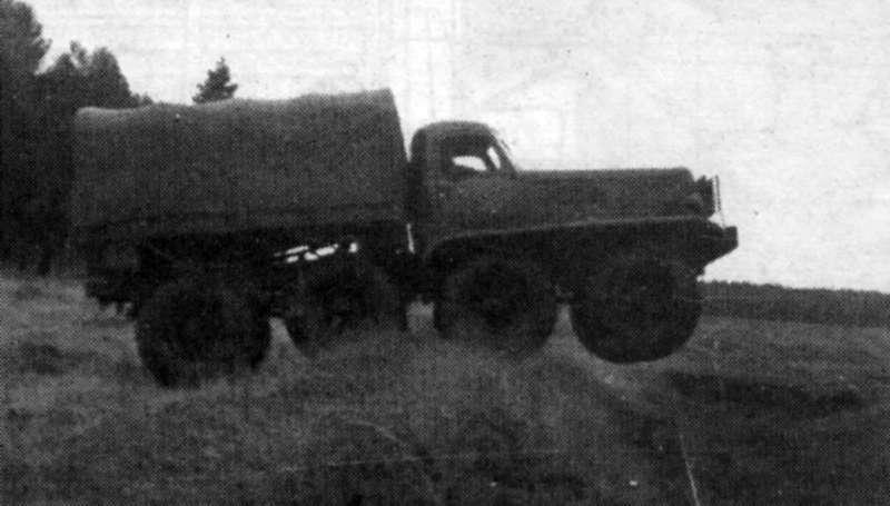 Venom Creeper - Axial SCX10 - ZIS E134 1955 - 8x8 ou 12x12 avec la remorque 009