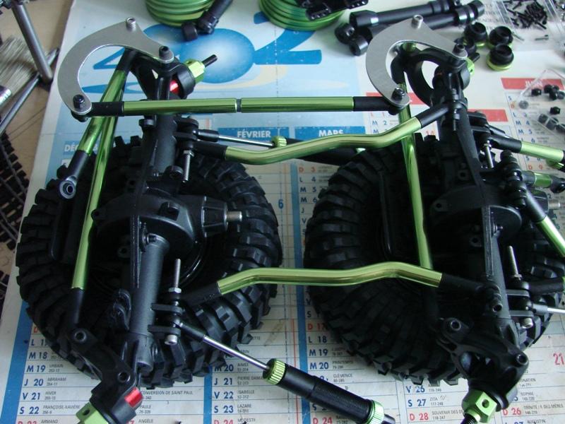 Venom Creeper - Axial SCX10 - ZIS E134 1955 - 8x8 ou 12x12 avec la remorque 026