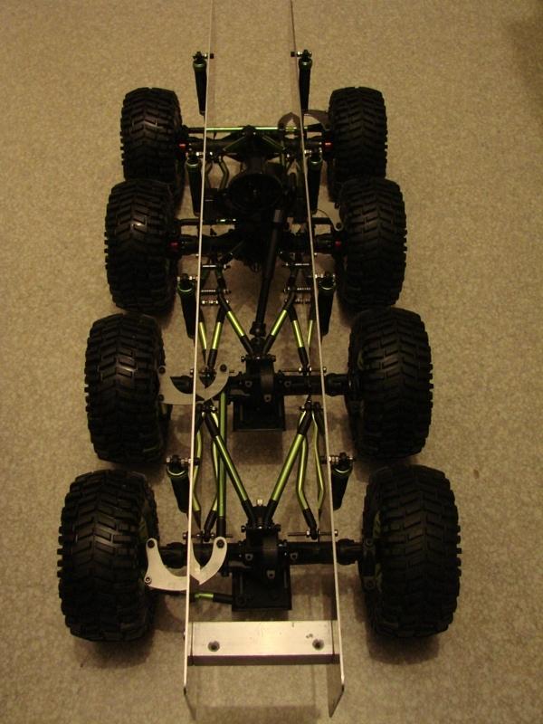 Venom Creeper - Axial SCX10 - ZIS E134 1955 - 8x8 ou 12x12 avec la remorque 036