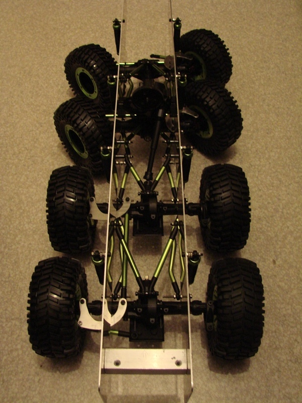Venom Creeper - Axial SCX10 - ZIS E134 1955 - 8x8 ou 12x12 avec la remorque 037