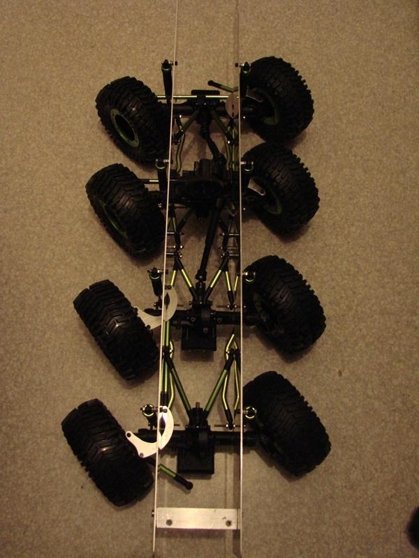 Venom Creeper - Axial SCX10 - ZIS E134 1955 - 8x8 ou 12x12 avec la remorque 039