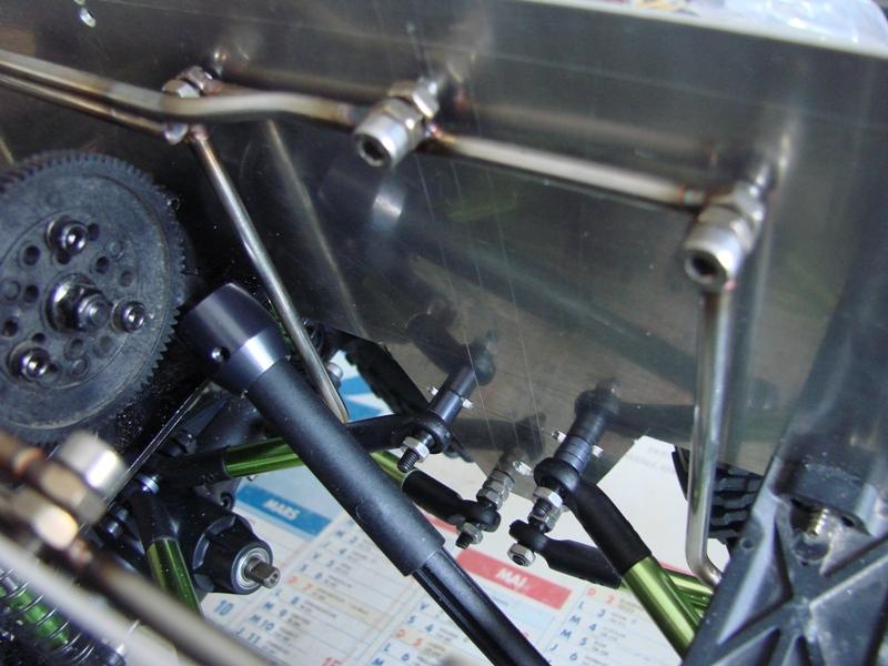 Venom Creeper - Axial SCX10 - ZIS E134 1955 - 8x8 ou 12x12 avec la remorque 064