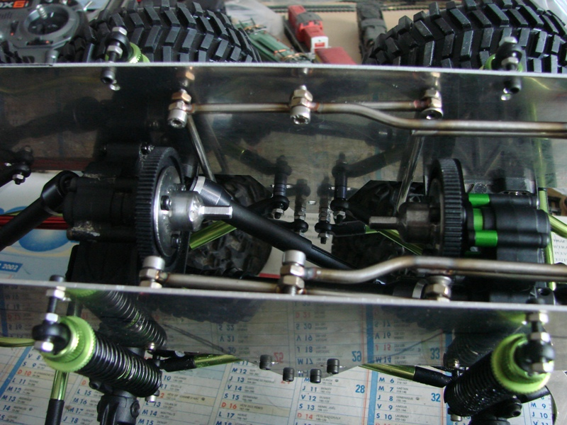 Venom Creeper - Axial SCX10 - ZIS E134 1955 - 8x8 ou 12x12 avec la remorque 083