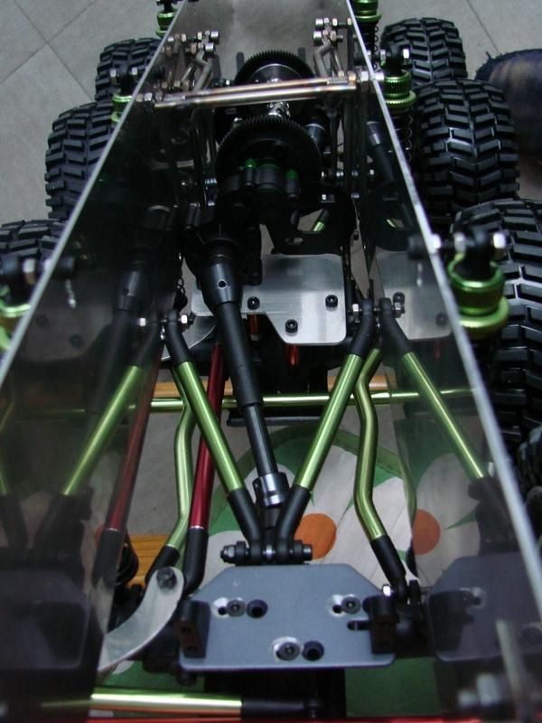 Venom Creeper - Axial SCX10 - ZIS E134 1955 - 8x8 ou 12x12 avec la remorque 089