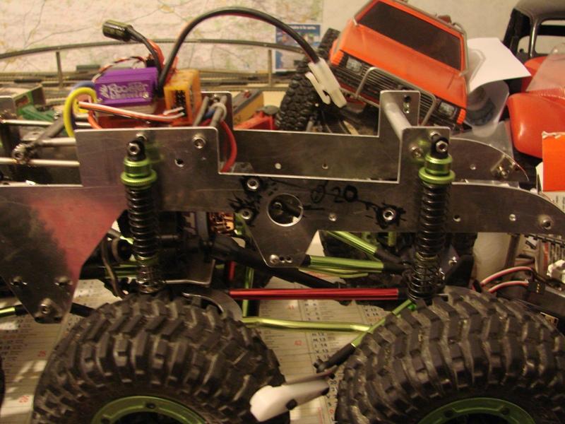 Venom Creeper - Axial SCX10 - ZIS E134 1955 - 8x8 ou 12x12 avec la remorque 135