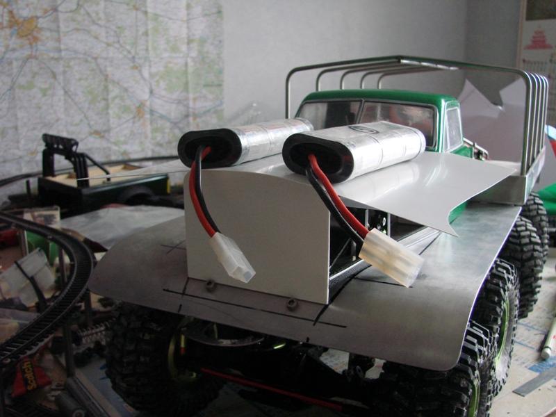 Venom Creeper - Axial SCX10 - ZIS E134 1955 - 8x8 ou 12x12 avec la remorque 170