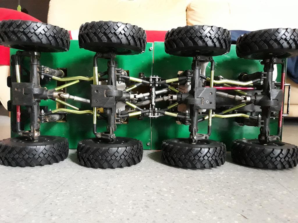 Venom Creeper - Axial SCX10 - ZIS E134 1955 - 8x8 ou 12x12 avec la remorque 258