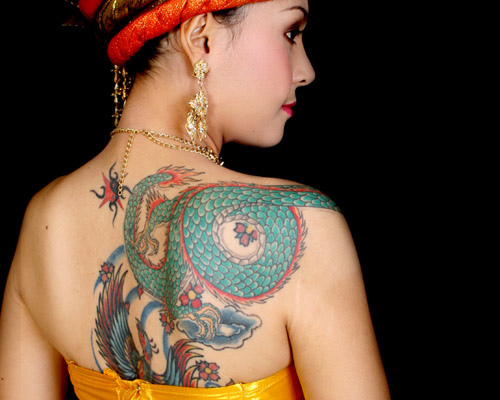 Zanimljive tetovaže Tattoo-bride-photo-by-nahpan-at-flickr