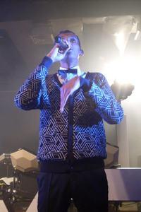 11/12/13 Stromae à Londres  7838636000_1386955642_thumb