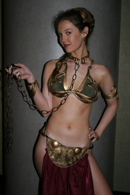 L'univers des Geeks - Page 3 Leia-Cosplay