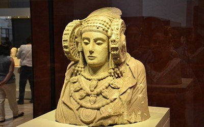 "Another Ancient ""Lady of Elche"" Found In Utah? OgoTours_The_Lady_of_Elche_03-400x250"
