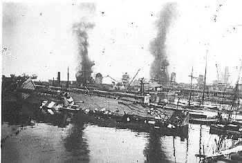 Le sabordage de la Flotte à Toulon (83) 27/11/1942 Ztu3jo