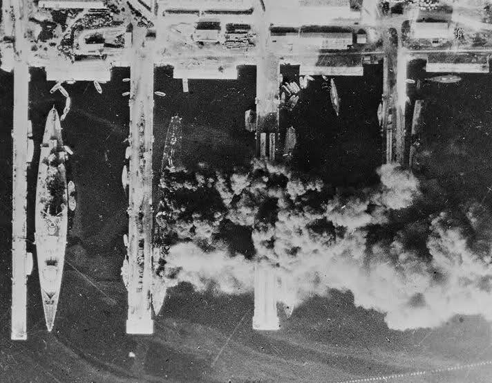 Le sabordage de la Flotte à Toulon (83) 27/11/1942 Ztu9o6