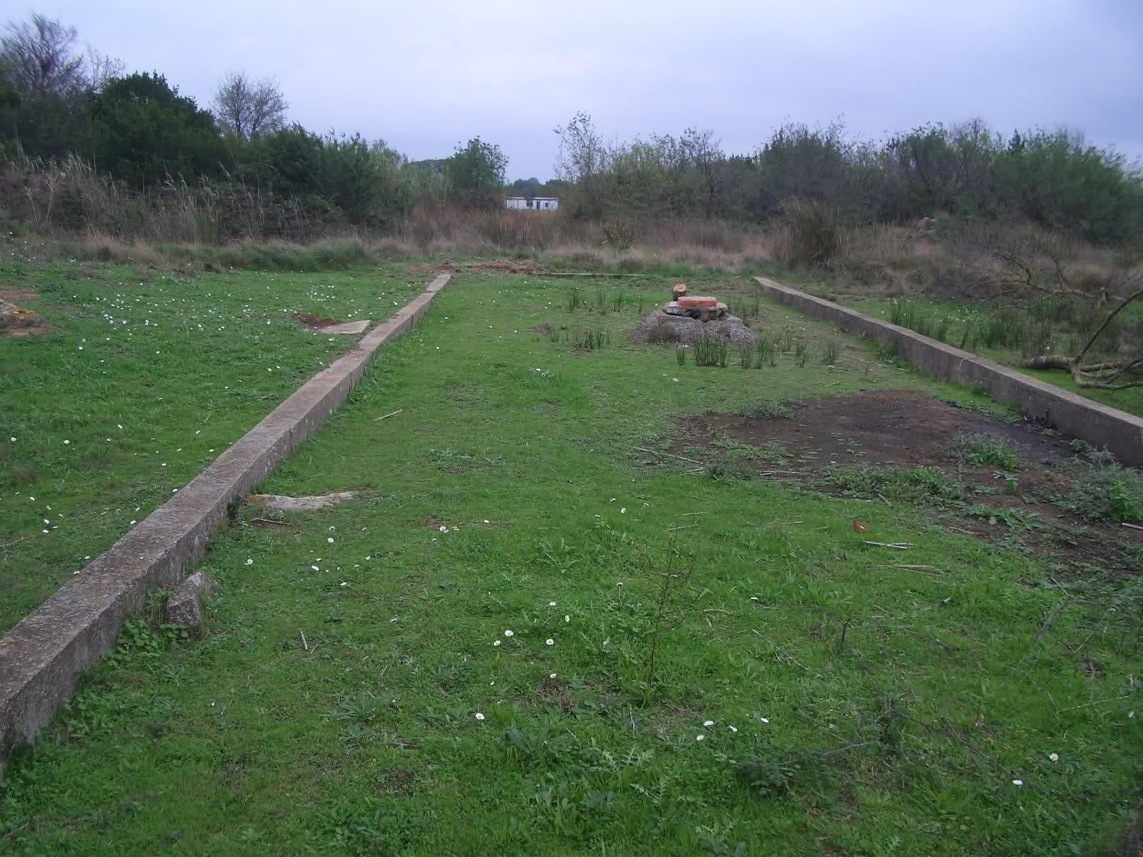 Camp de la Todt, tranchées couvertes (Agde, 34) 6bkvjtx