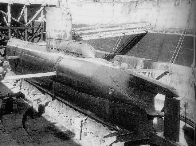 U-Boat et Marine Nationale à Toulon (83), 1944-1954 23w9sag