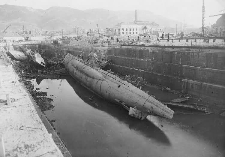 29. U- Flotille - Les U-boat à Toulon (83) So3b4i