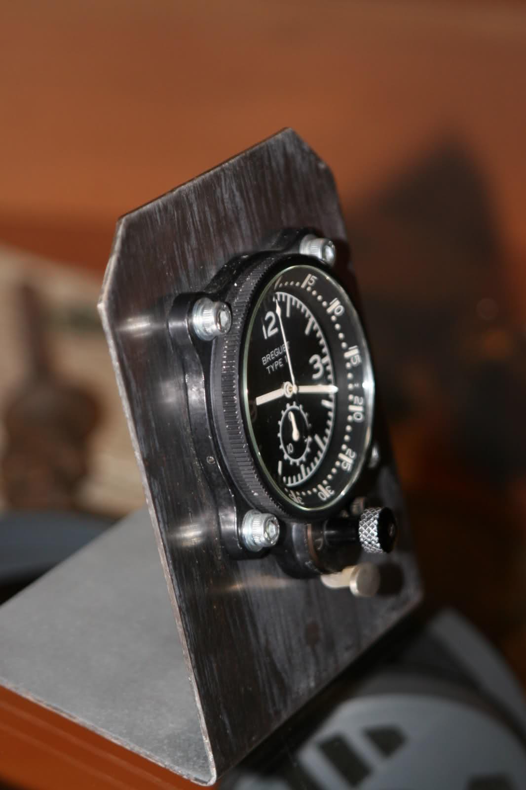 Montre de bord BREGUET type 11 20z76m0