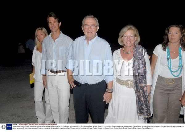 Miembros actuales de la Casa Real Griega - Página 9 2ryswa1