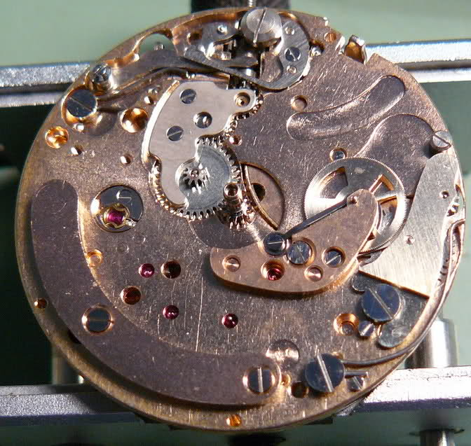 Enicar - Chronographe Enicar Sherpa Graph R72 : une fin de collection J5atc6