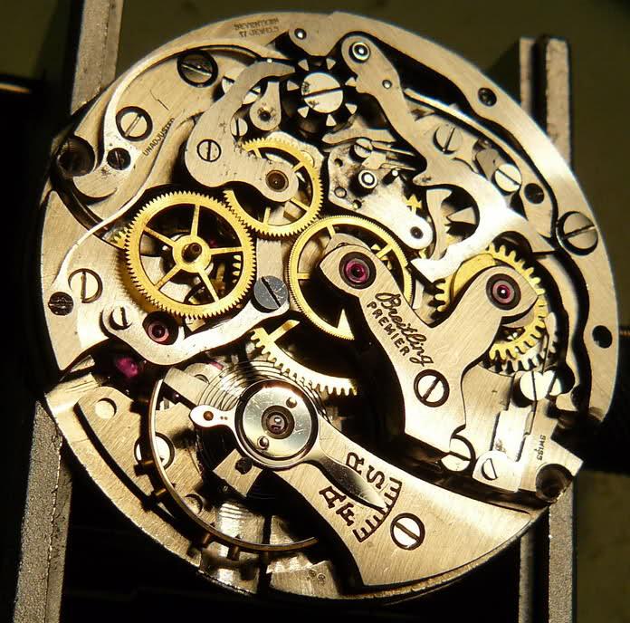 Chronographe Breitling Premier 1946 venus 175 3 compteurs Rwpch0